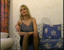 masturbation féminine lors d'un casting porno amateur