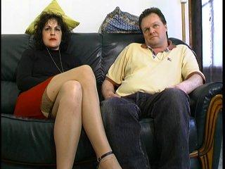 Couple amateur nous accueille pour une baise à domicile