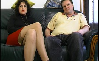 Philippe a rendez-vous chez Anna-Maria et Didier, un couple d'une quarantaine d'années très obsédés par le cul