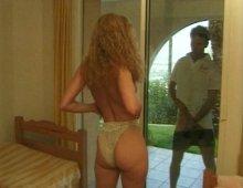 masturbation féminine amatrice devant un voyeur