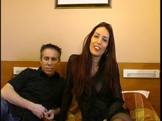 Jeune couple amateur du cap d'agde en casting
