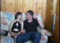 Casting porno d'un couple prometteur et partageur