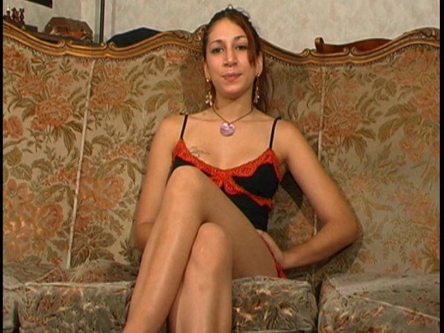 jeune hotesse francaise