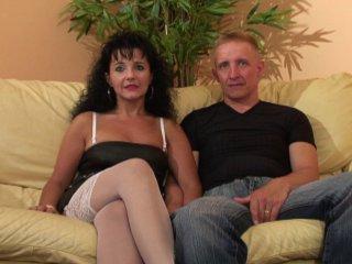 Casting porno amateur d'un couple mur qui baise hard