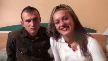 jeune couple d'échangistes normands en interview