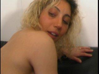 Un casting mouvementé avec une blonde anale