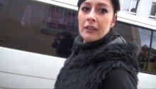 une danseuse orientale de Bruxelles baise avec un hardeur