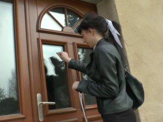 étudiante de Roumanie addict au sexe sauvage