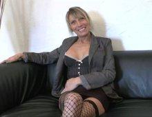 audition porno d'une couguar aux gros seins