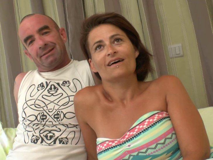 Un gang-bang commandé par le mari pour sa salope de femme