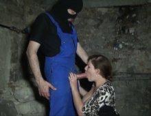 bonne baise hard dans une cave française