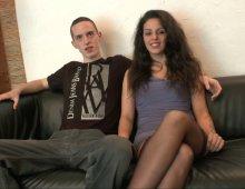 cunnilingus, pipe et sodomie avec un jeune couple