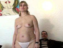 il sodomise mon épouse avec son gros sexe