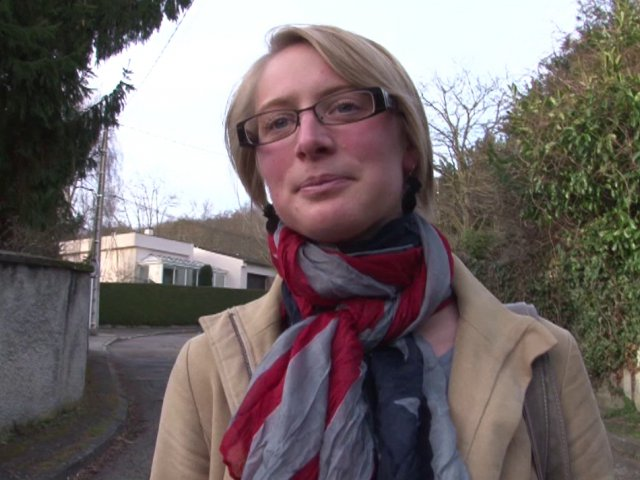 Blond journaliste taliban prison sexe