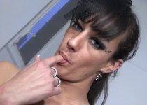 Voir la vidéo: Une beurette passe un casting porno amateur avec Max