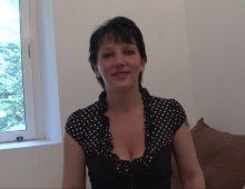 une libertine française 37 ans se masturbe avant la baise