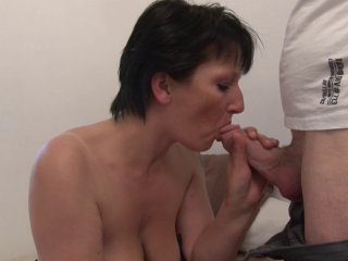 Lucie M , 37 ans, divorcée, passe son premier casting porno! 3