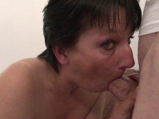 Lucie M , 37 ans, divorcée, passe son premier casting porno! 2