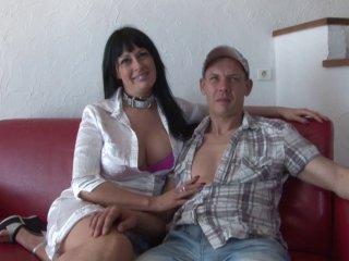 Première baise filmée pour un couple amateur belge