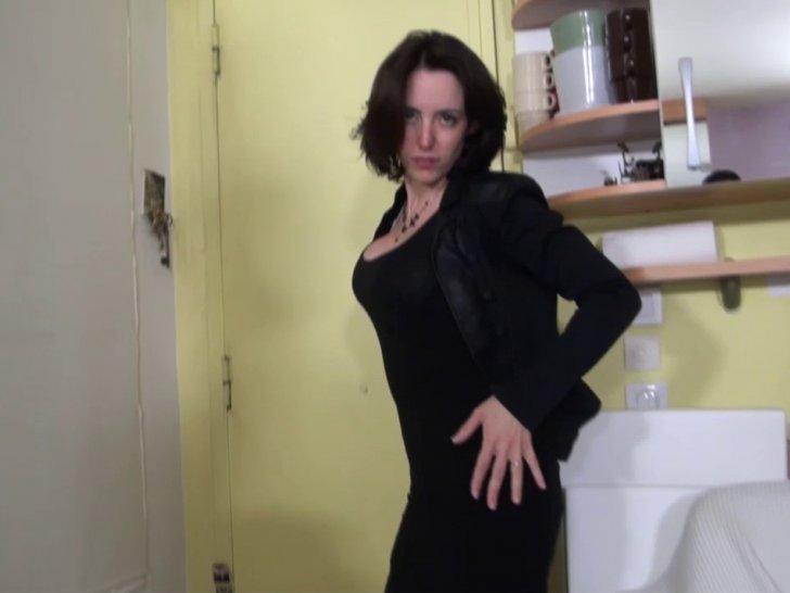 Voir la vidéo: 28 ans vient passer un casting porno avec Max