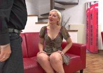 Voir la vidéo: Une lilloise très chaude veut faire du porno