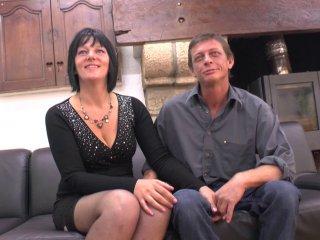 Lucie revient avec eric pour un casting en couple très hot!