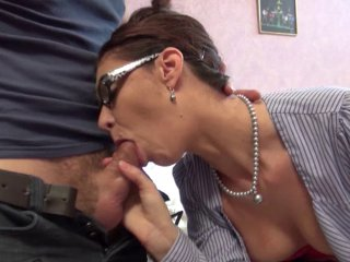 En Tailleur Bourgoise En Porno Femme Femme Bourgoise 35R4AjL