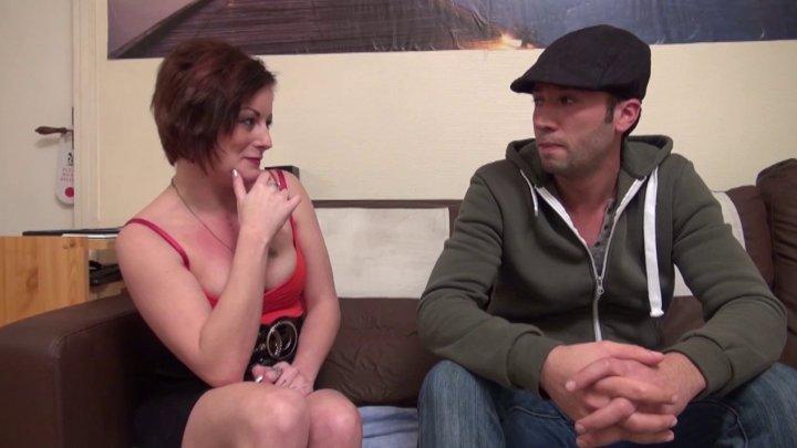 720x405 197 - Lili découvre que son taxi est un acteur porno!