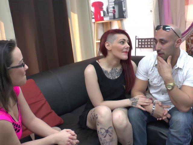depucelage anal d'une fille tatouée