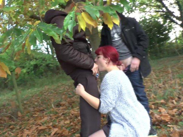Un triolisme chic et choc dans la forêt
