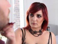 220x170 4828 - Zora punit son mec d'avoir foiré son entretien d'embauche
