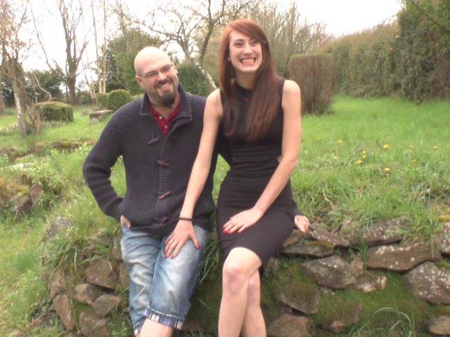 Un couple coquin de bordeaux s'offre du bon temps dans la maison du sexe