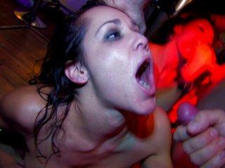 le sexe et la soumission sexe partouze