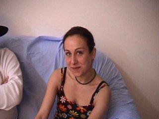 Julie, une magnifique marseillaise, est une suceuse de bite hors pair