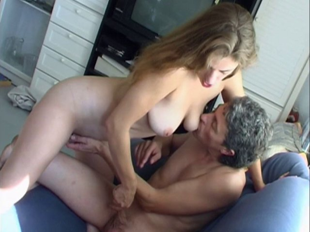 Femme gourmande coquine et sexy comme on les aime
