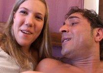Unl ange blond se fait déboiter lors de notre casting porno amateur