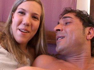 Casting espagnol d'une blonde très…ouverte