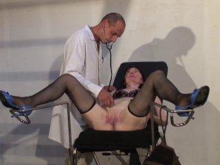 Consultation gynéco profonde pour femme mure