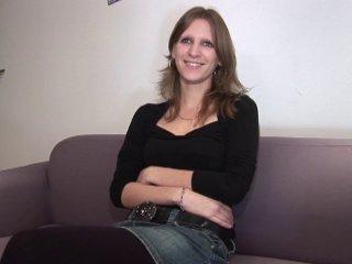 Cécile double pénétrée pendant son casting porno