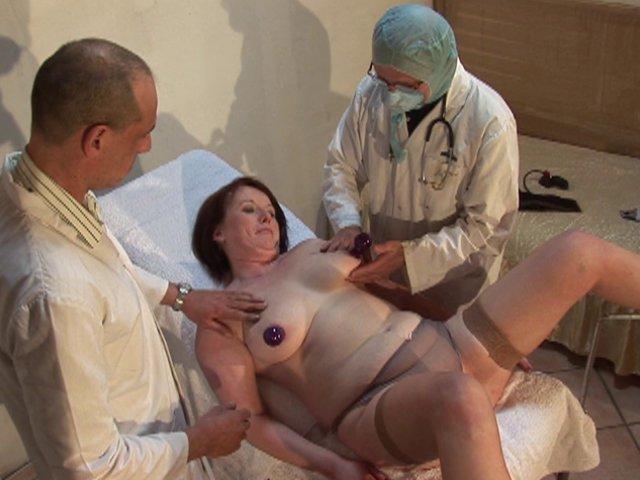 sexe gynecologue une vieille se tape un jeune