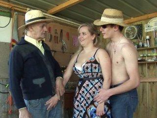Papy s'offre un trio avec Catalina
