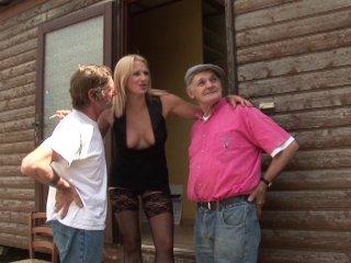 Joyce amatrice belge joue la pute avec papy pervers