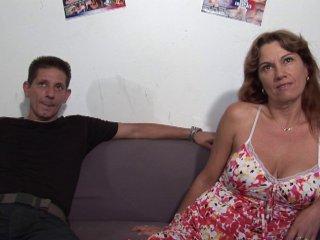 Un couple de hardeur à la retraite repasse un casting porno amateur