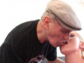 photo de cul de l'article Cindy picardie dans qui veut baiser mon fils
