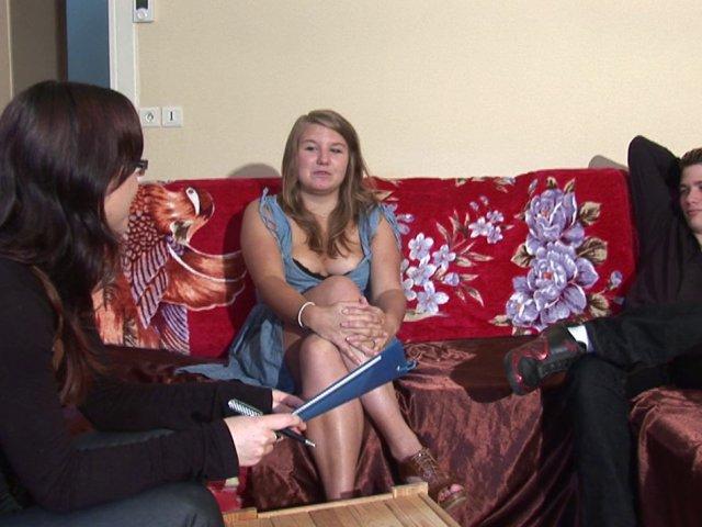 Femme draguée sur internet se fait sodomiser pour la première fois