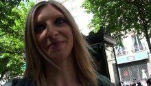 Cynthia 26ans, lilloise castée totalement dans les rues de Paris