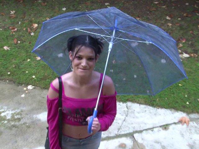 Lana, jeune libertine de 26 ans, aime le sexe bien hardcore - סרטי סקס