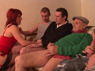 Gangbang d'une rousse qui se prostitue