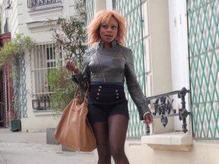 Naomie, blackette nympho cherche un mec pour sa sextape