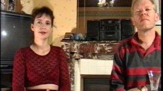 Couple rétro quarantenaire : il baise la chatte velue de sa femme